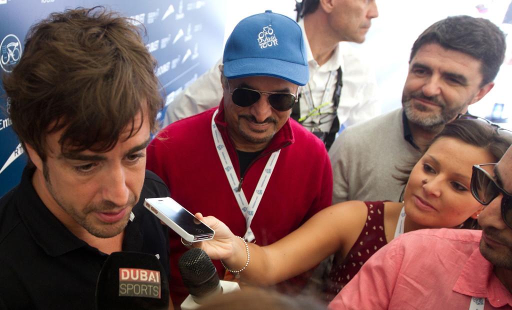 Giulia De Maio Fernando Alonso Dubai 2014