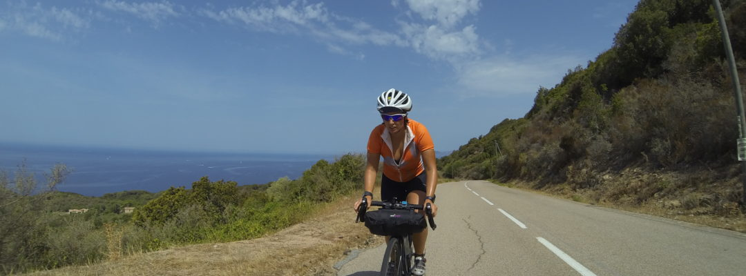 giulia de maio, raid in corse, cicloturismo, corsica, vacanza, bici